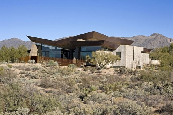 modern villa Freshome 03 Remote, Modern and Impressive: Desert Wing Residence in Arizona