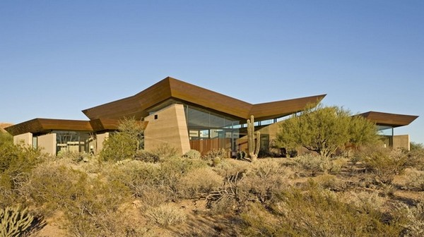 modern villa Freshome 04 Remote, Modern and Impressive: Desert Wing Residence in Arizona