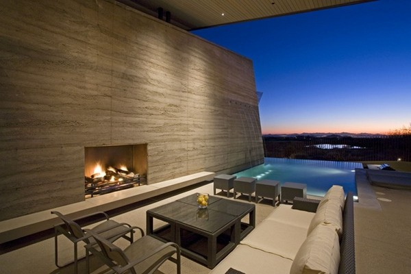 modern villa Freshome 24 Remote, Modern and Impressive: Desert Wing Residence in Arizona