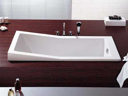 A New Trend – The Bathtub Becomes Furniture