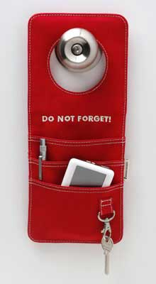Door Organizer Helps You Don't Forget Something at Home