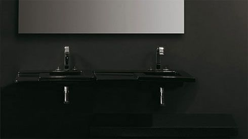 black bathroom 4 Black Bathroom Design Inspiration