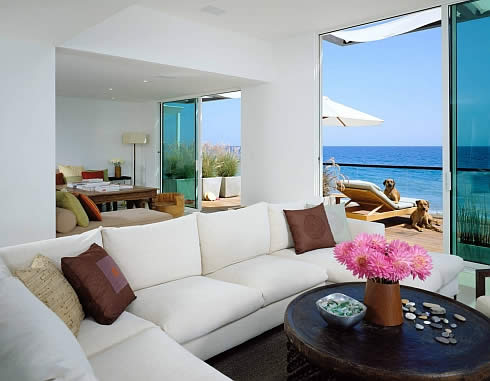 Interior Beach House Design in Malibu