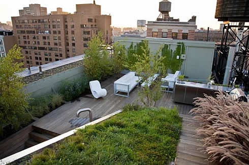 Modern Penthouse in New York Gets Green Treatment