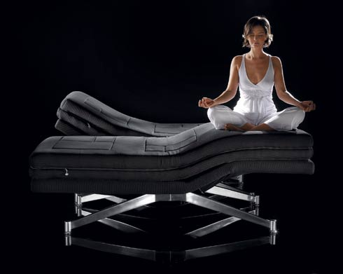 phi ton dubble bed presentation lotusposition Phi ton Bed :  Floating Without a Sub frame