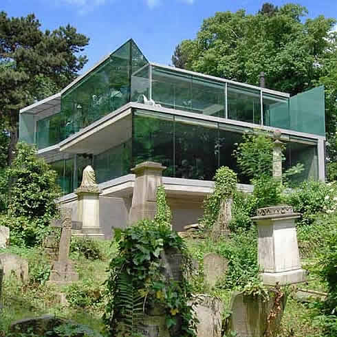 House on Swain's Lane in London, Overlooks a Cemetery