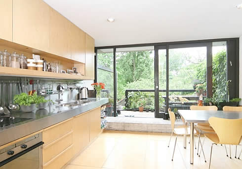 1964 House For Sale in London