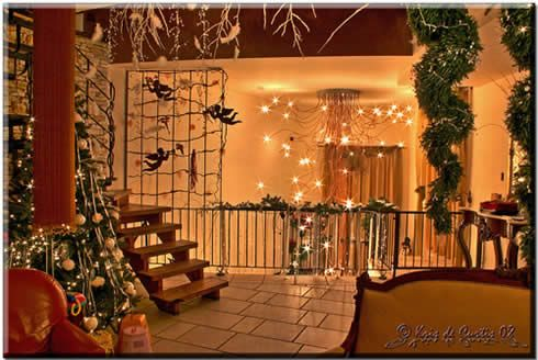 Make your Christmas Magical: Simple ways of draping your house in dazzling decorations