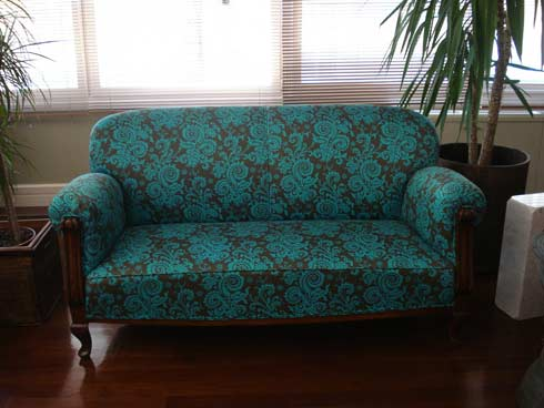 upholstered furniture Quality Quest: How to pick out quality   furniture