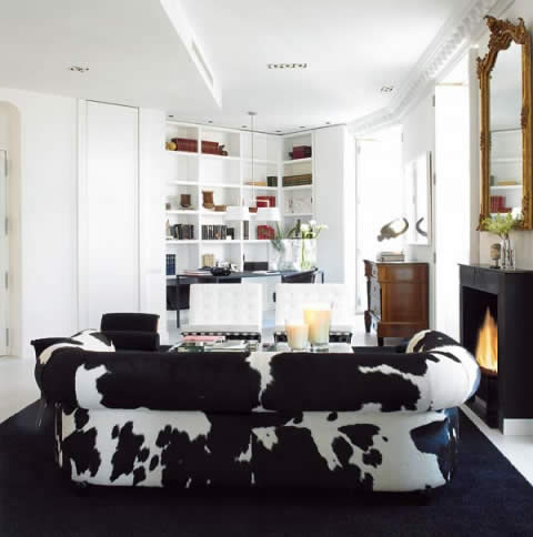 Black and White: Classic style integrated with contemporary design