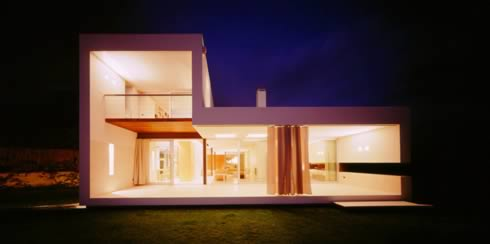 ch house 1 Ch House: Brilliant blend of the contemporary and the  classic!