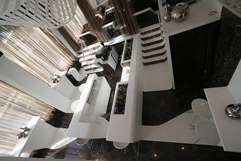 frame bar at st george lycabettus hotel 5 Frame Bar: Flowing Bands For Exclusive Interiors