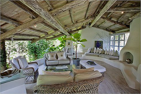 Lord of the Rings Residence in Barbados