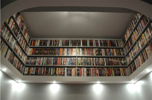 dvds storage2 DIY Project : Beautiful DVDs/Books Storage Idea