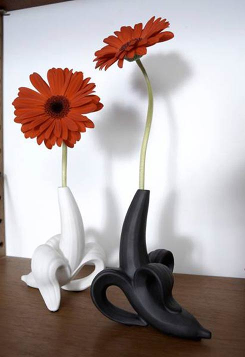 bananavase2 Creative Banana Vase from Jonathan Adler