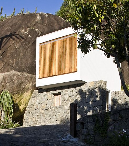 Stoned Box House in Sao Paolo, Brazil