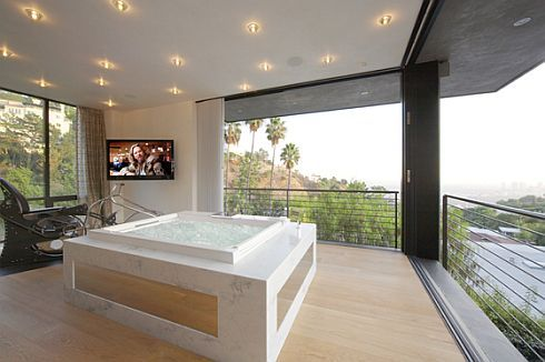 hollywoods house of the year 4 Hollywoods House of the Year   The Ultimate Bachelor Pad?