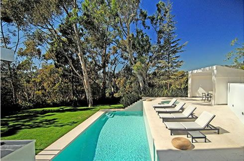 luxurious 23 oakmount drive residence in beverly hills 12  Luxurious 23 Oakmount Drive Residence in Beverly Hills