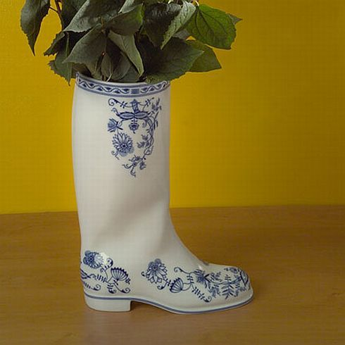 waterproof porcelain vase 2 Waterproof Porcelain Vase by Maxim  Velčovsk