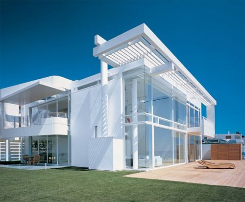 modern white beach house by richard meier - Richard Meier Homes