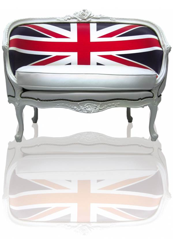 UnionJack Digital printing on on wall canvas cushions and classic furniture by Teo Jasmin