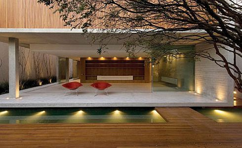 Great C16h14o3 House By Marcio Kogan 1 Brazilian Modernism: C16H14O3 House By Marcio  Kogan