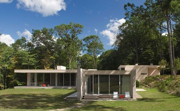 Holley House by Hanrahan Meyers Architects