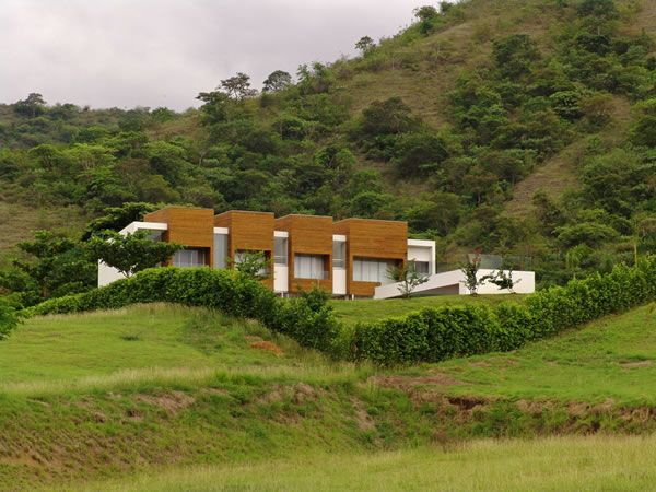 Lot 23 House in Colombia by Juan Esteban Correa
