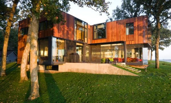 Modern Cottage On West Lake Okoboji Shoreline
