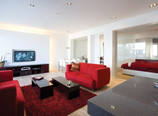 Red And White Themed Apartment In Tel Aviv 3