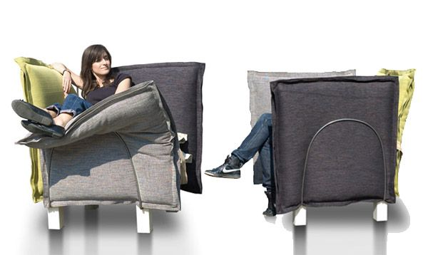 xarxa 01 The Xarxa Sofa: More Cushion than Pushin'