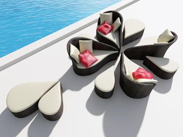 Fiore Sofa Inspired by Flowers 3 Versatile Pool Sofa for Ladies  and Their Guests