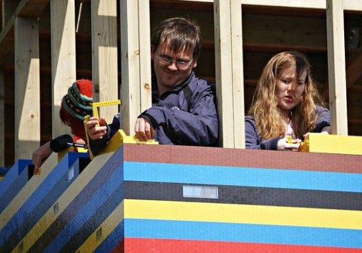 Life Size LEGO House 9 James May Builds Himself a Real LEGO House