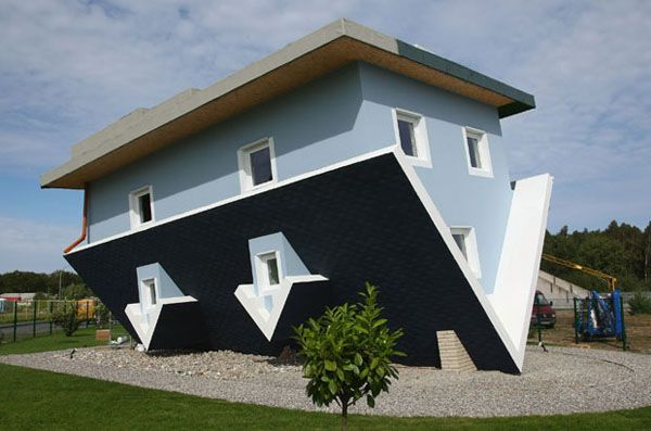 cartus Crazy Upside Down House in Germany