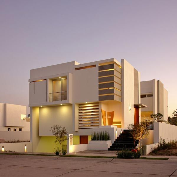 house made of Spanish marble slabs in ivory tones 1 House with a Modern and Attractive Design