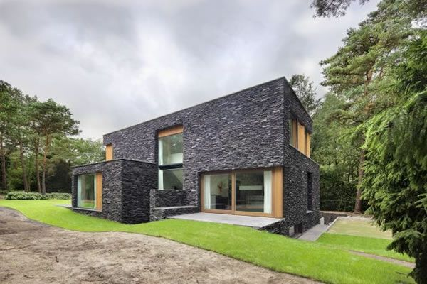 Living in the Woods – Stone Finnished Villa in the Netherlands