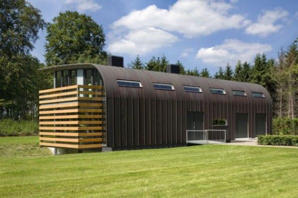 Modern Luxury Passive House Home In The Middle of Nature