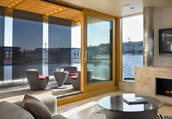 modern floating home 5 554x415 Floating House in Seattle