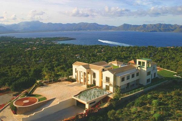 luxury property in majorca spain What Does A $75 Million Luxury House Look Like?