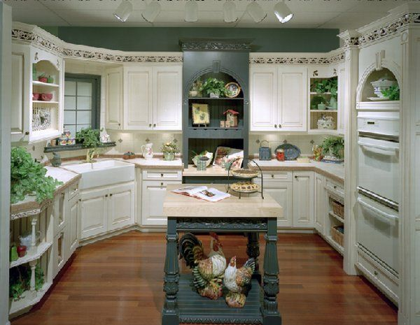 Luxury-Kitchen-Design-with-Wooden-Cabinets-Drawers-and-Shelves-in-White-Wooden-Floor