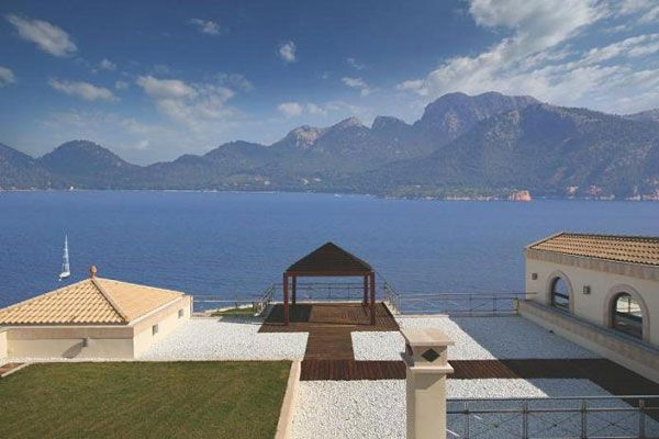 panoramic views majorca spain luxury property What Does A $75 Million Luxury House Look Like?
