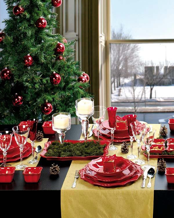 Brilliant 18 Christmas Dinner Table Decoration Ideas Freshome Com Home Interior And Landscaping Eliaenasavecom