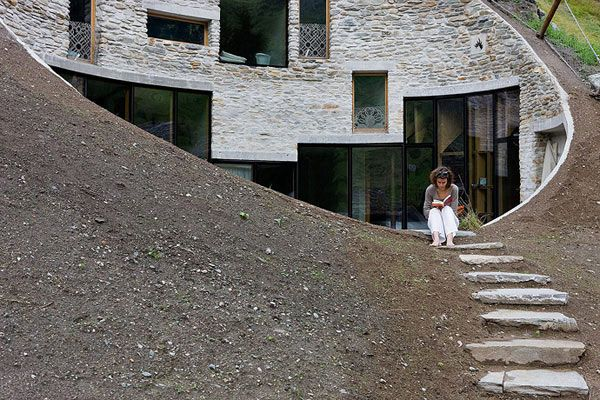 underground home designs swiss mountain house 3 Incredible Underground Residence in Switzerland