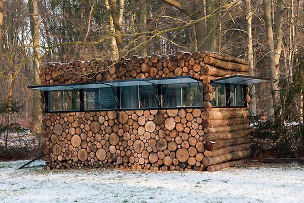 The Log House: Music and Architecture Combined