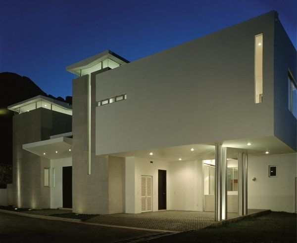 PB01 Architecture in Light Colors: Casa Palo Blanco in N. L. Mexico