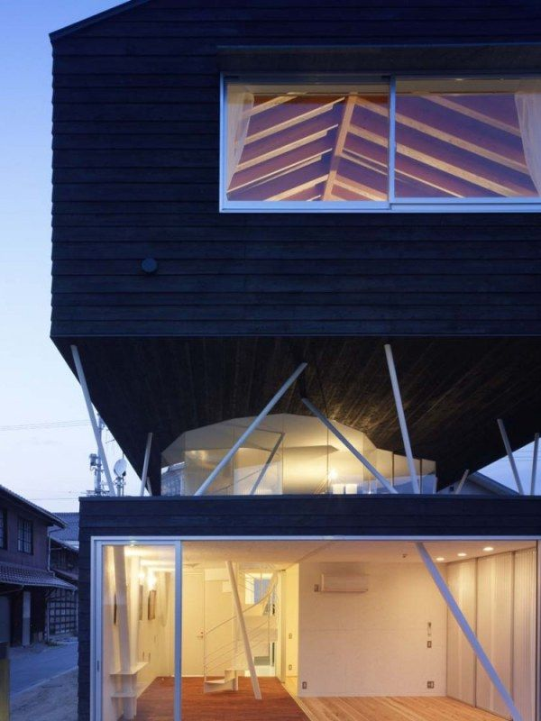 1266450190 1265311960 saijyo2061 750x1000 Original Cedar Residence   in Japan from Naf Architect & Design