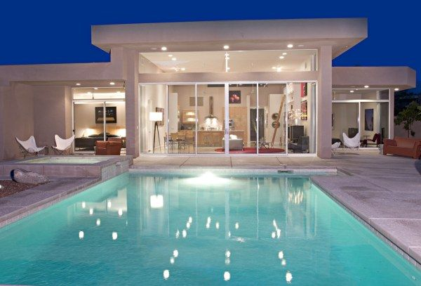 372431573 c33a62d6a8 b 21 Amazing Pool Ideas For Contemporary Houses