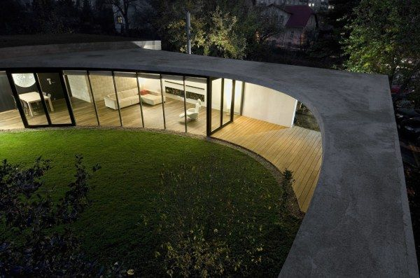 768924949 a69 eggo r0213 low Egg House, A Fantastic Circular   Residence in Prague