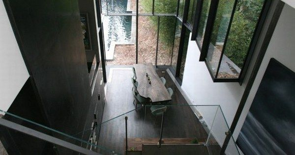 dark glass house 7 A Place Combining Glass and Darkness: the Ansley Park Glass House in Atlanta