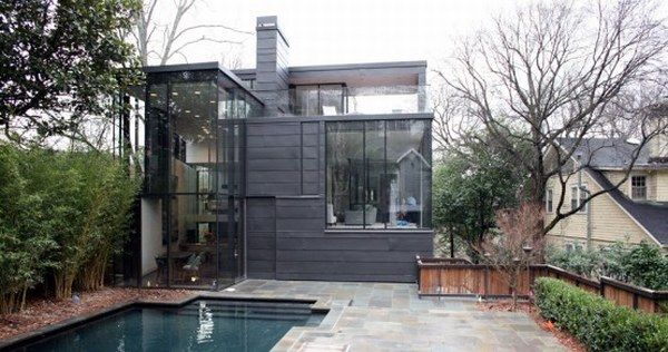 dark glass house 9 A Place Combining Glass and Darkness: the Ansley Park Glass House in Atlanta